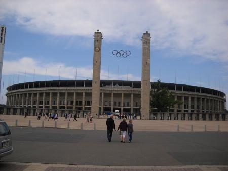 Olympiastadion Berlin von außen